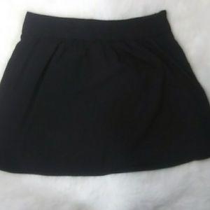 Ann Taylor LOFT Black skirt size 4